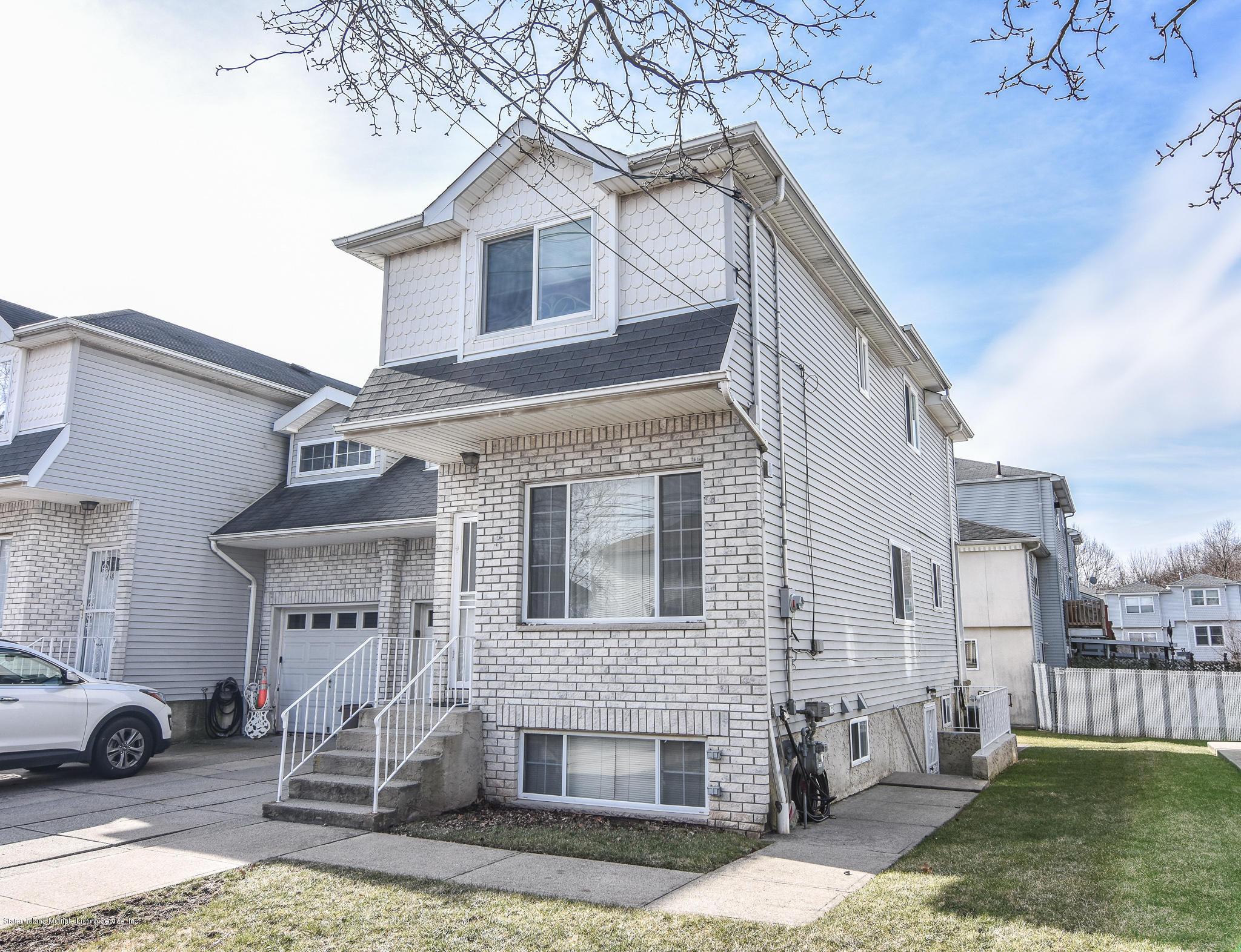 Single Family - Semi-Attached 762 Bloomingdale Road  Staten Island, NY 10309, MLS-1125791-2