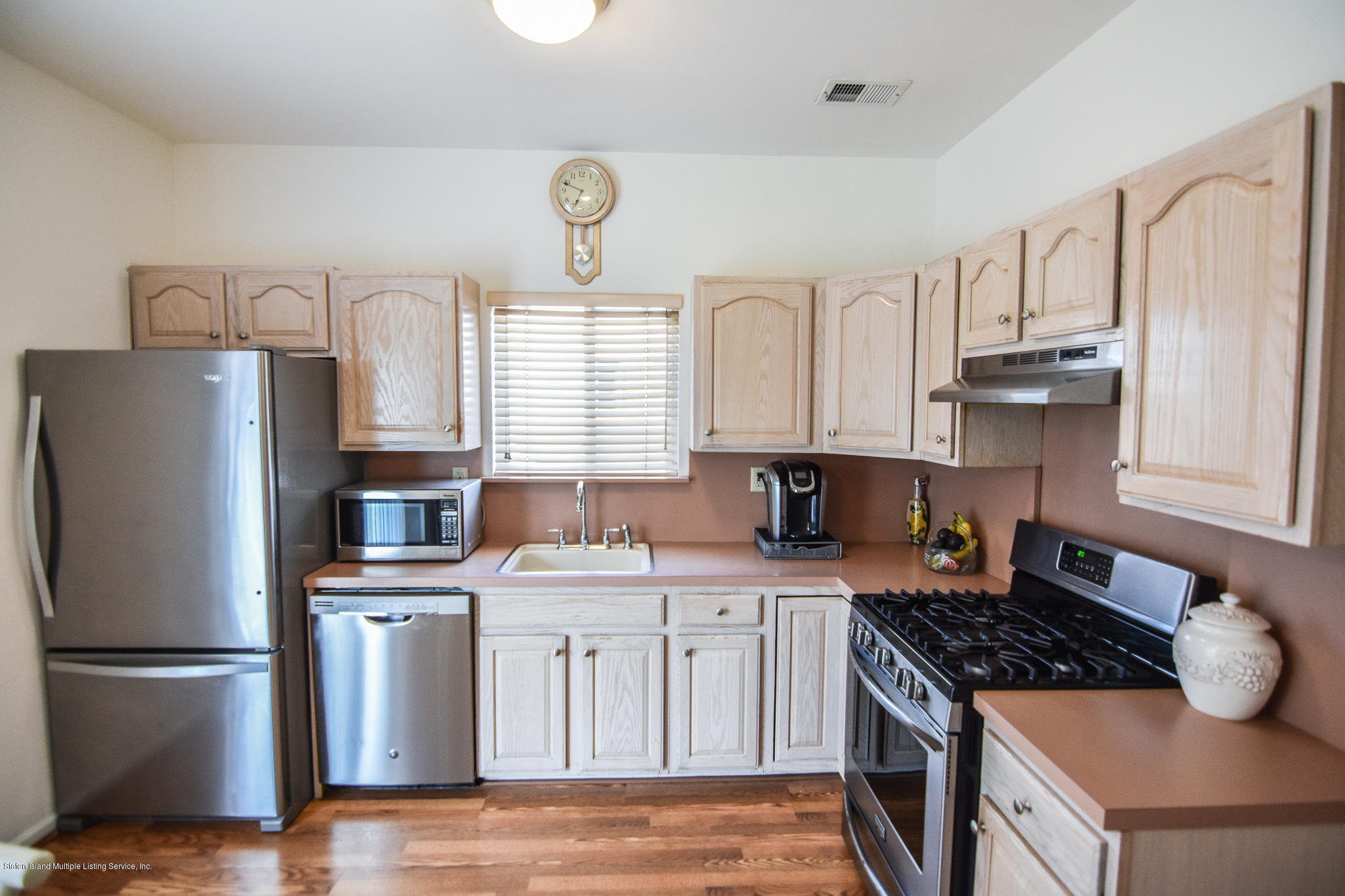 Single Family - Semi-Attached 762 Bloomingdale Road  Staten Island, NY 10309, MLS-1125791-12