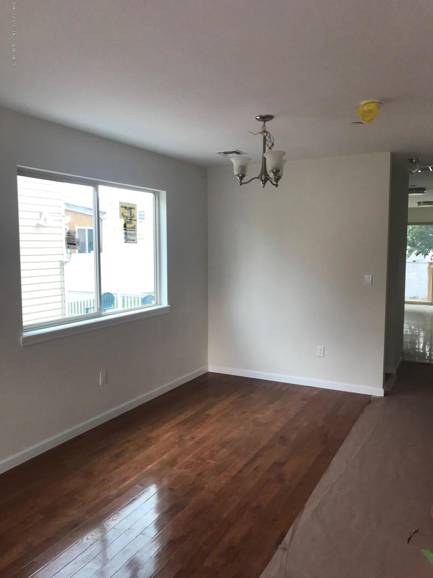 Single Family - Semi-Attached 8 Summerfield Place  Staten Island, NY 10303, MLS-1125803-14