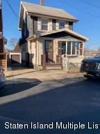 10 Lester Street, Staten Island, NY 10314