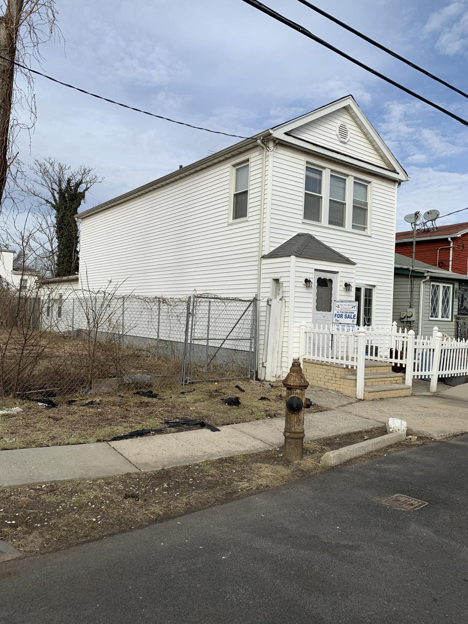 Single Family - Detached 152 Bay 53rd Street  Brooklyn, NY 11214, MLS-1125954-4