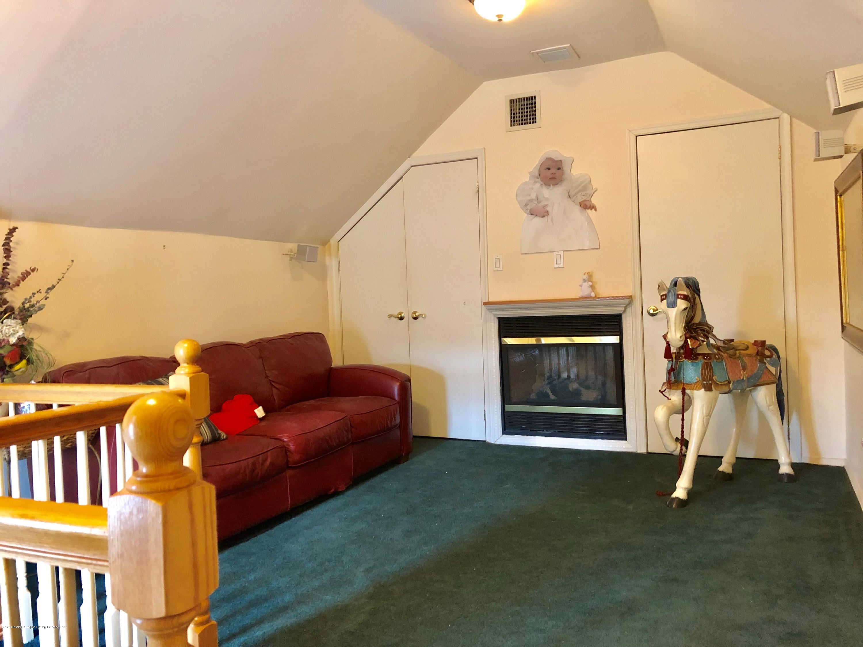 Single Family - Detached 69 Locust Avenue  Staten Island, NY 10306, MLS-1126166-16