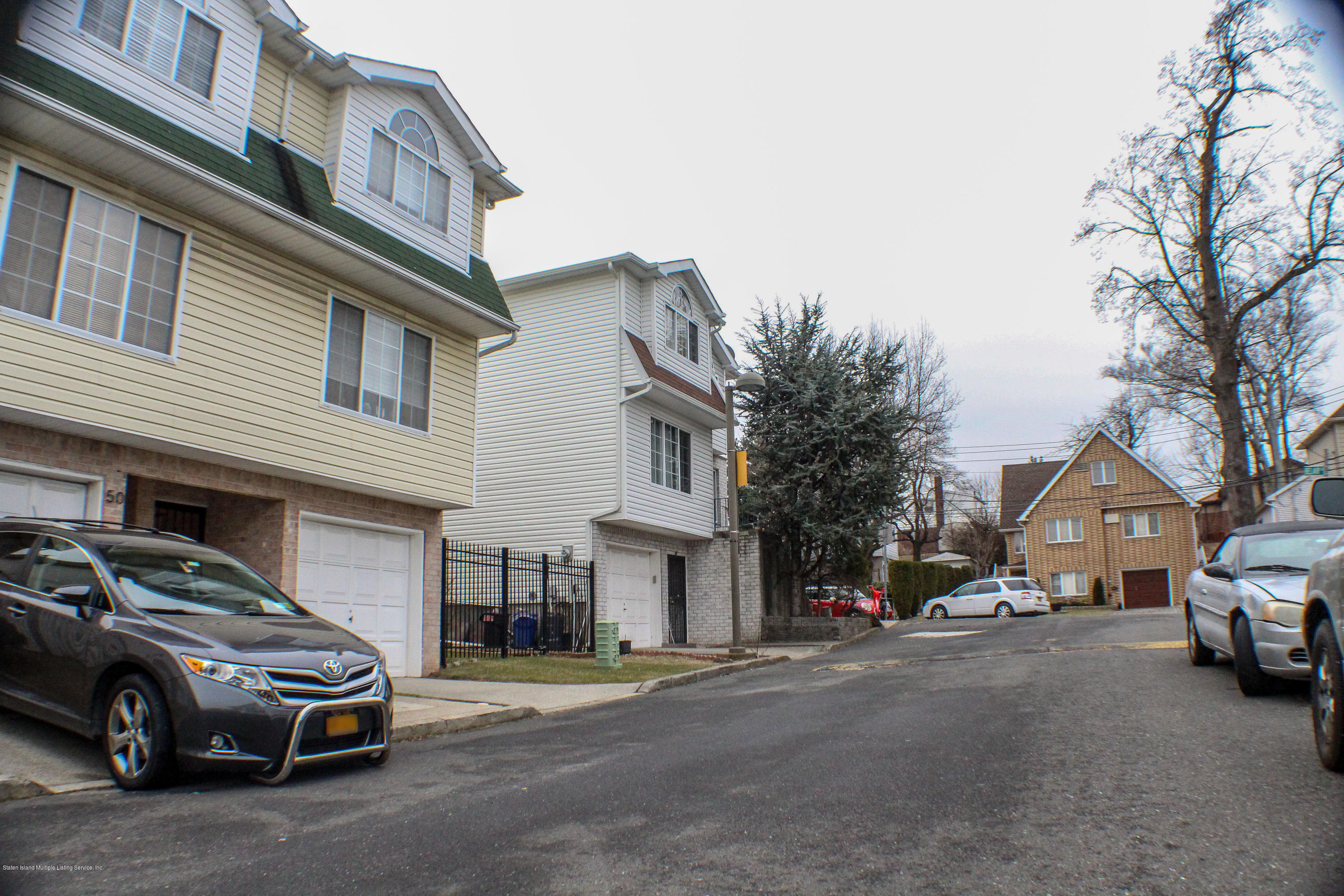 Single Family - Semi-Attached 52 Belair Lane  Staten Island, NY 10305, MLS-1126177-4