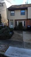 42 Hammock Lane, Staten Island, NY 10312