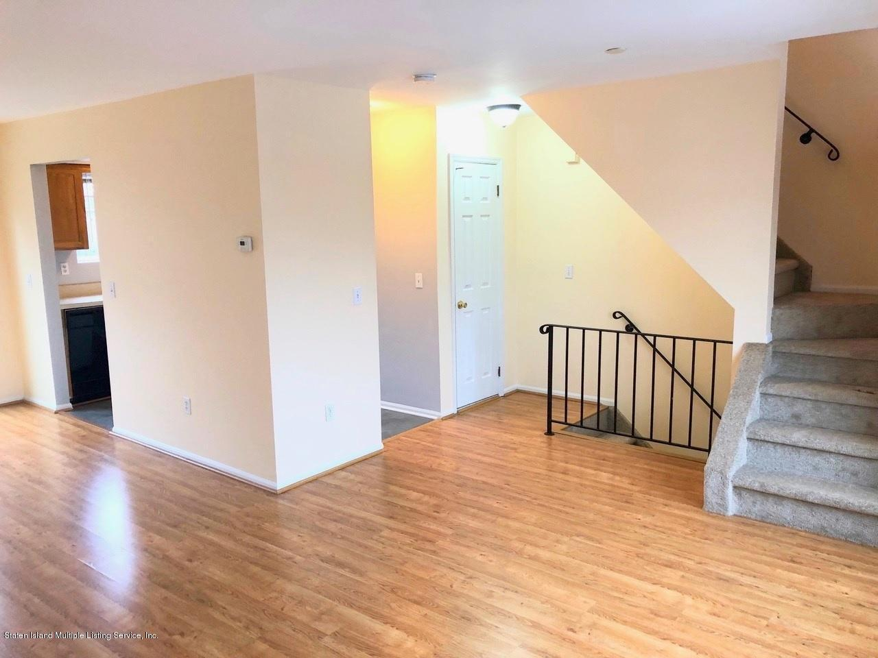 Single Family - Attached 18 Vienna Court  Staten Island, NY 10305, MLS-1126237-3