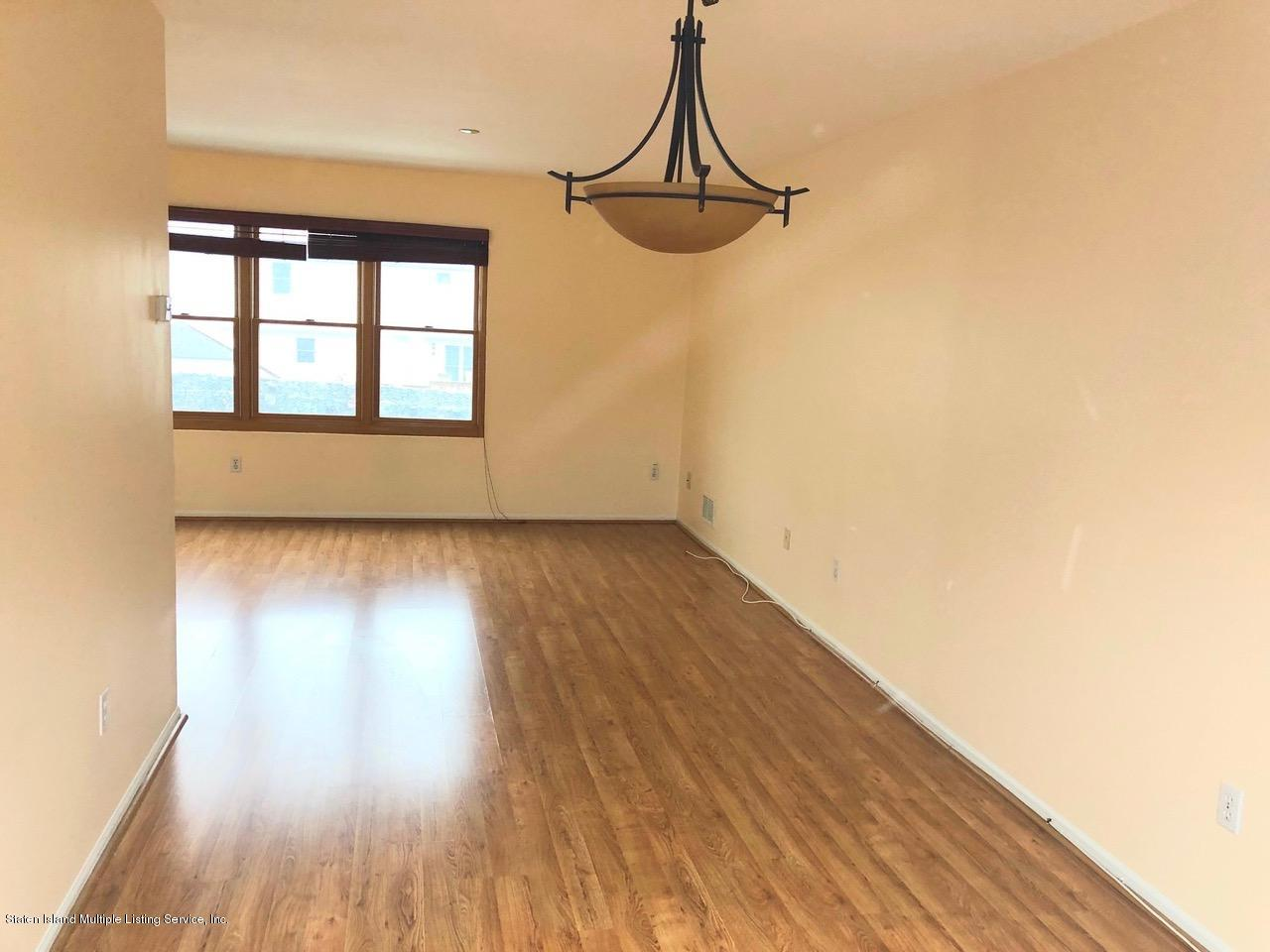 Single Family - Attached 18 Vienna Court  Staten Island, NY 10305, MLS-1126237-7