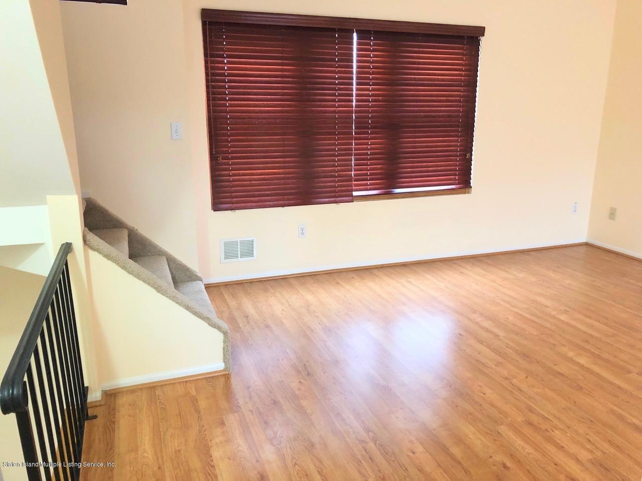 Single Family - Attached 18 Vienna Court  Staten Island, NY 10305, MLS-1126237-11