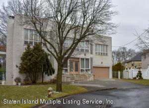 37 Christine Court, Staten Island, NY 10312