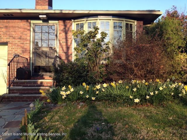 Single Family - Detached in Randall Manor - 271 Kissel Avenue  Staten Island, NY 10310