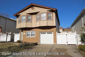 709 Carlton Blvd, Staten Island, NY 10312