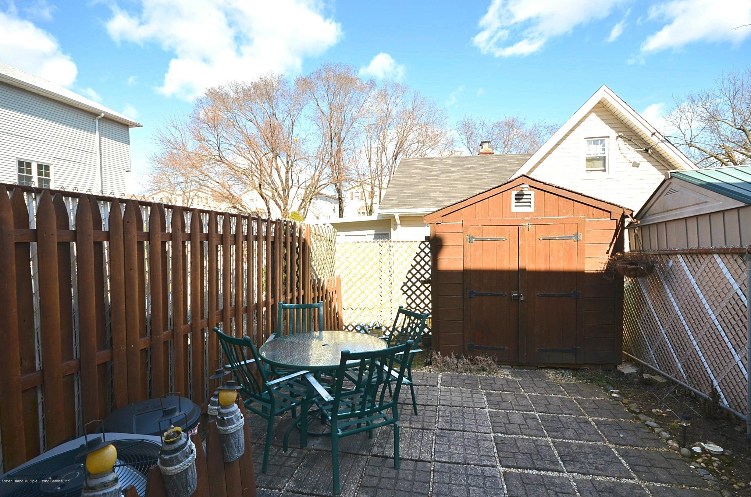 Single Family - Attached 5 Nugent Court  Staten Island, NY 10306, MLS-1126510-21