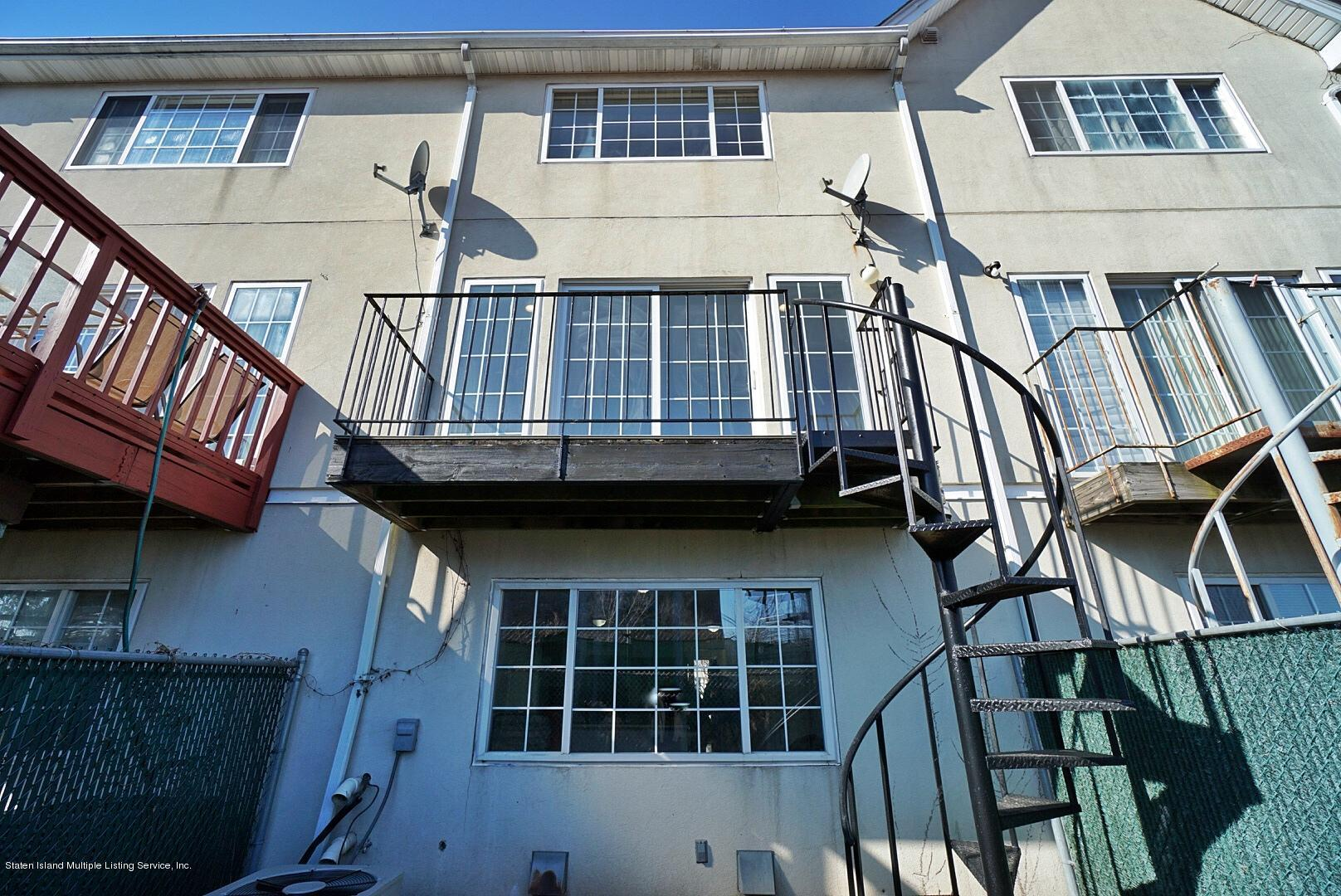Two Family - Attached 28 Waterview Court  Staten Island, NY 10305, MLS-1126553-11