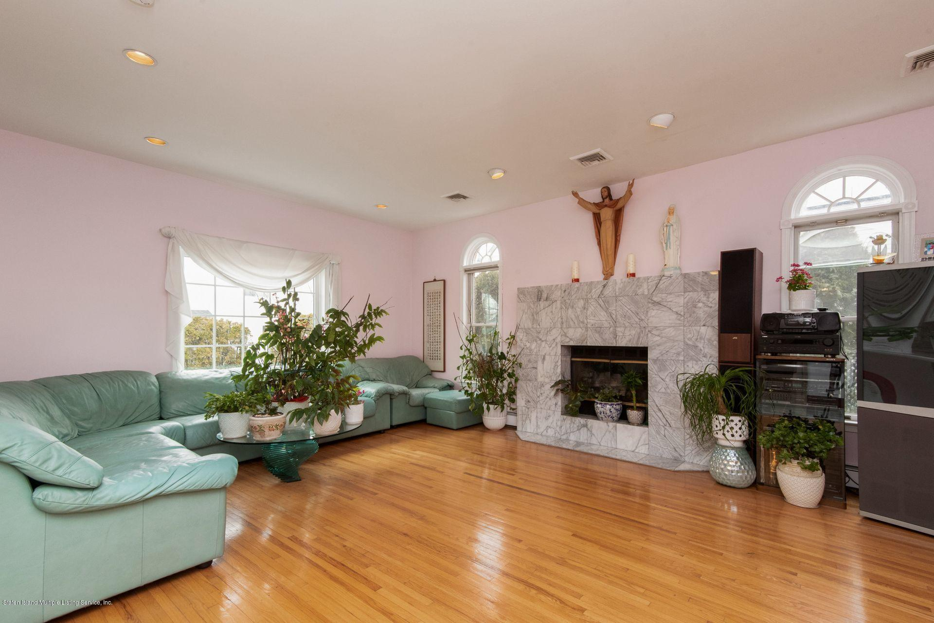 Two Family - Detached 640 Yetman Avenue  Staten Island, NY 10307, MLS-1126450-14