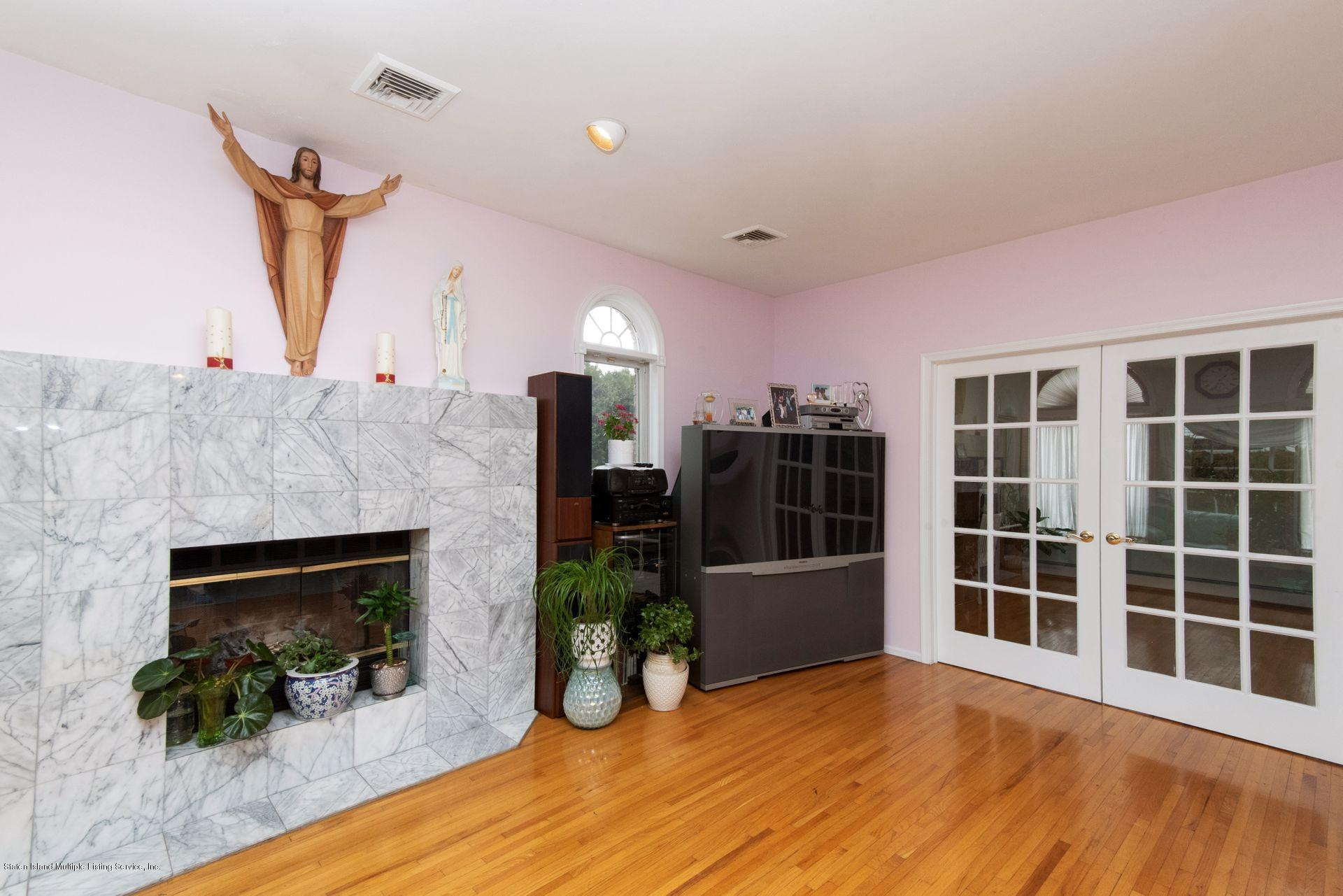 Two Family - Detached 640 Yetman Avenue  Staten Island, NY 10307, MLS-1126450-15