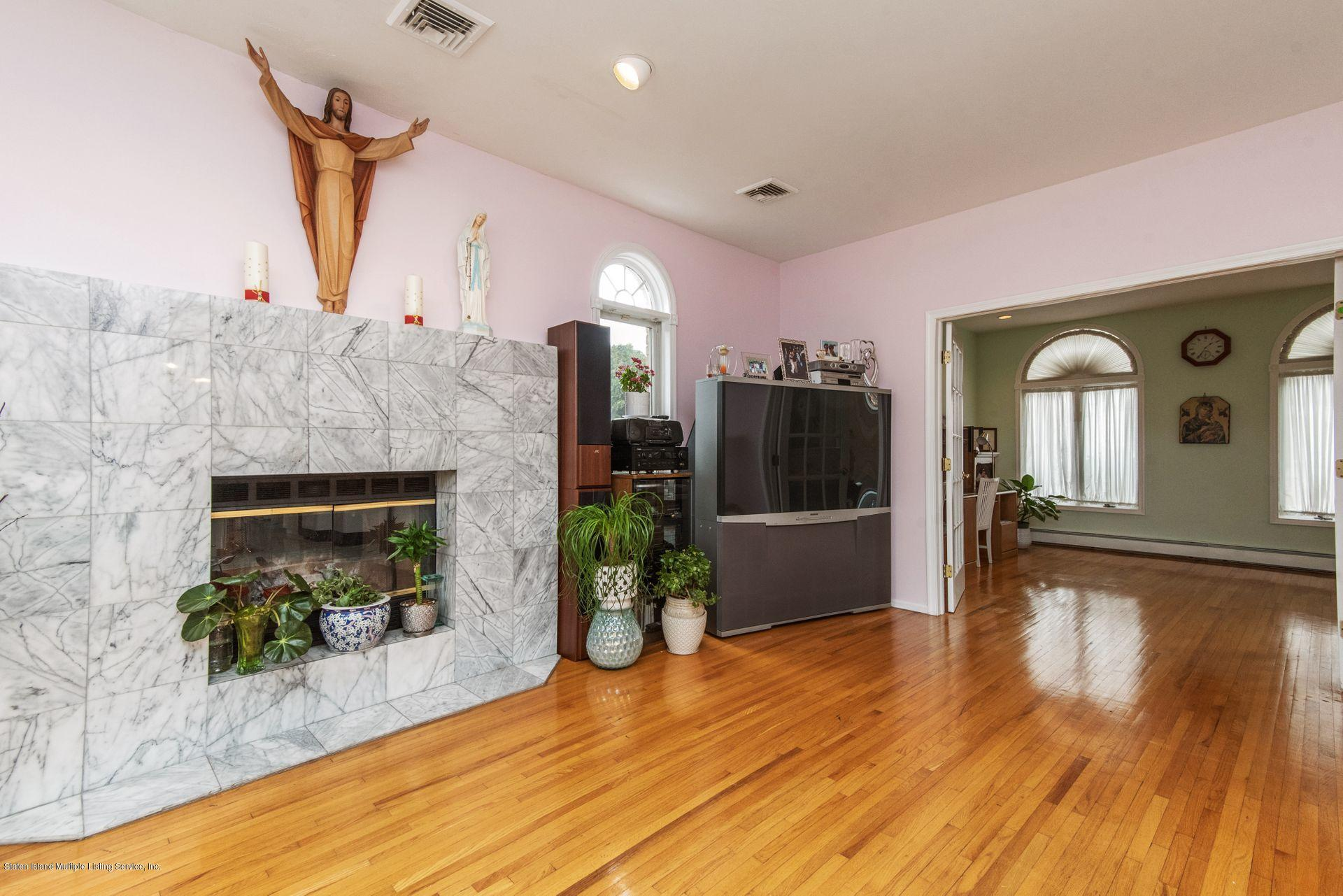 Two Family - Detached 640 Yetman Avenue  Staten Island, NY 10307, MLS-1126450-16