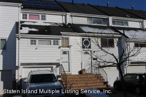 167 Forest Green Green, Staten Island, NY 10312