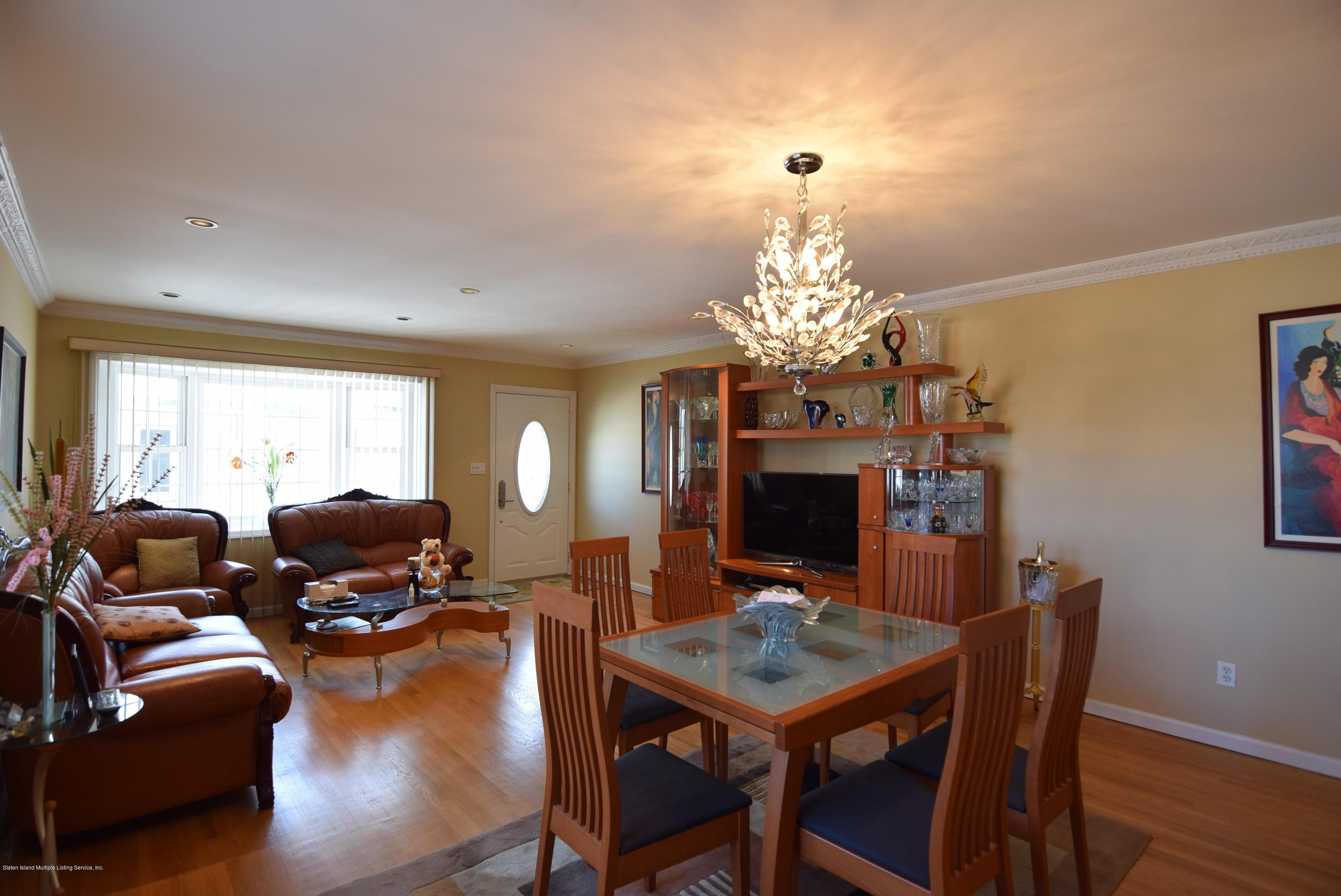 Single Family - Semi-Attached 15 Erwin Court  Staten Island, NY 10306, MLS-1126740-4