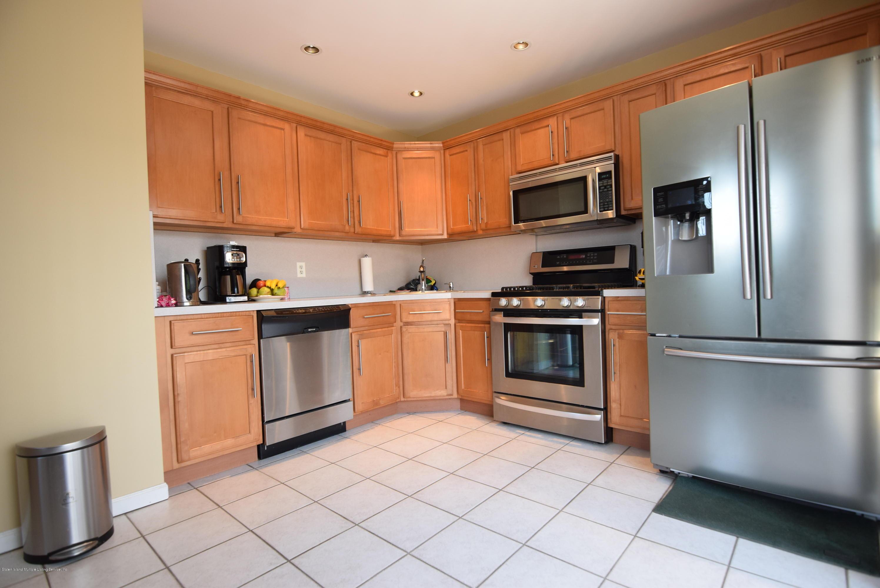 Single Family - Semi-Attached 15 Erwin Court  Staten Island, NY 10306, MLS-1126740-7