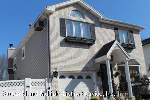 19 Woodrose Lane, Staten Island, NY 10309