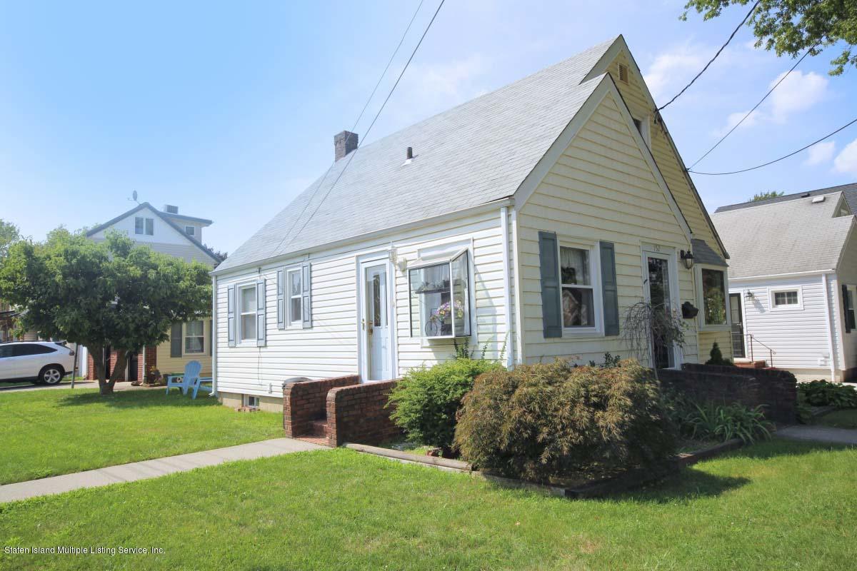 Single Family - Detached 152 Bryson Avenue  Staten Island, NY 10302, MLS-1126806-16