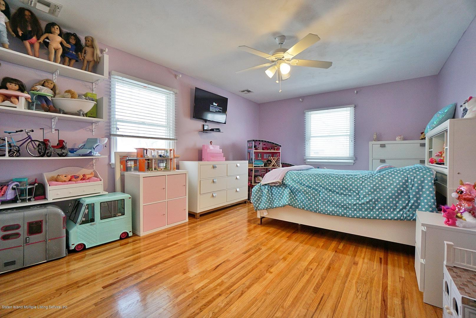 Two Family - Detached 399 Sleight Avenue  Staten Island, NY 10307, MLS-1126850-54