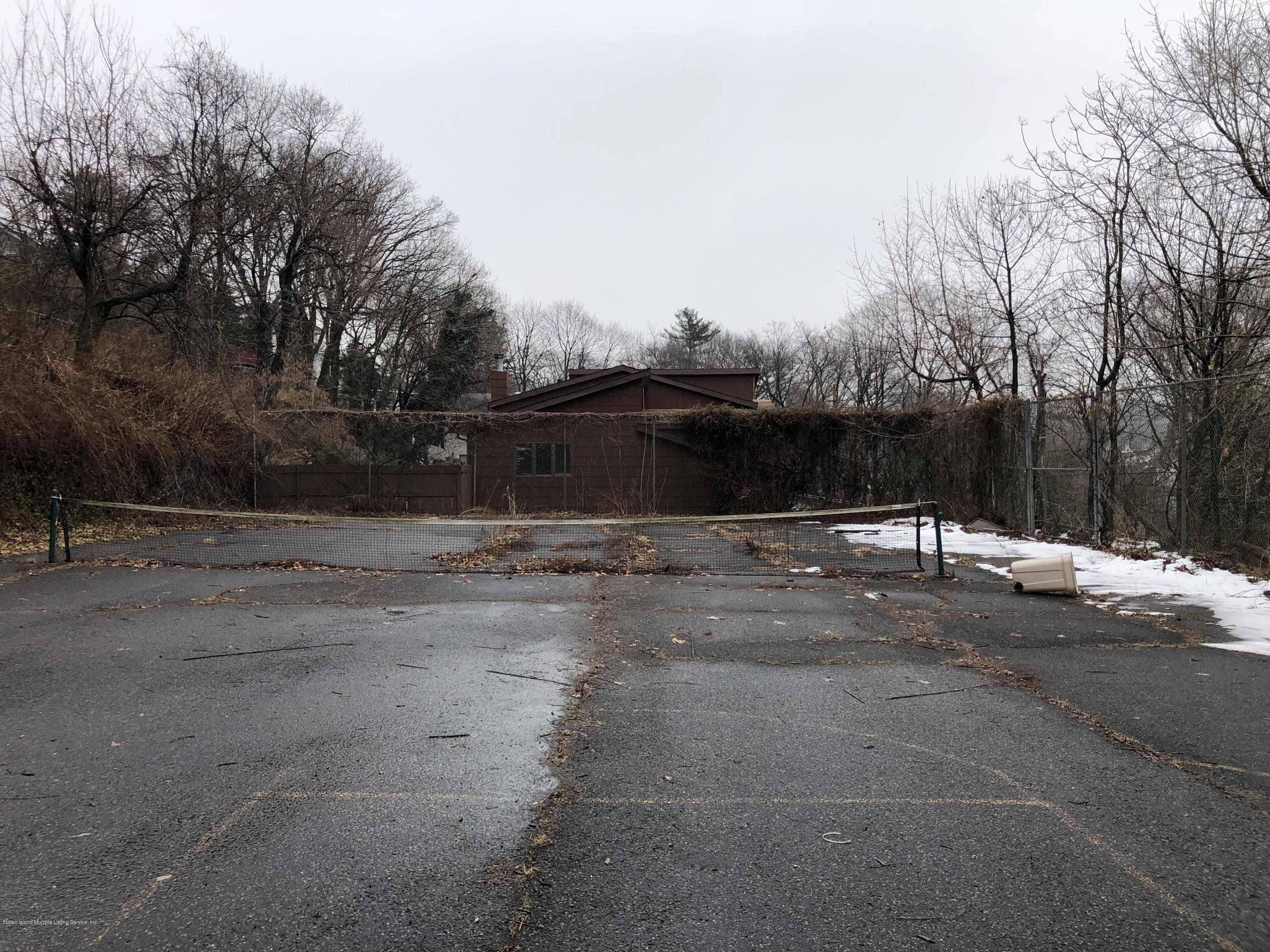 Land/Lots in Sunset Hill - 820 Bard Avenue  Staten Island, NY 10301
