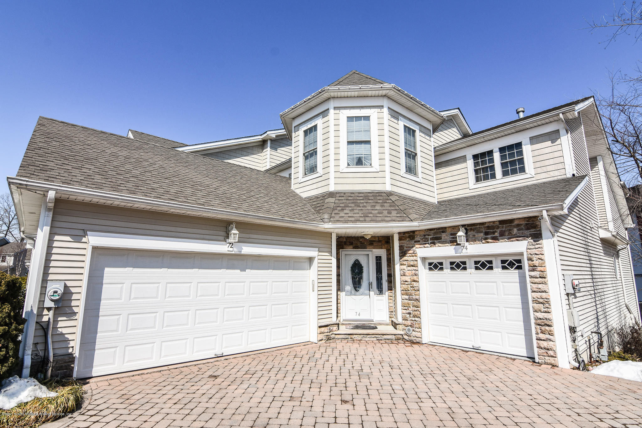 Single Family - Attached in Charleston - 74 Tiller Court  Staten Island, NY 10309