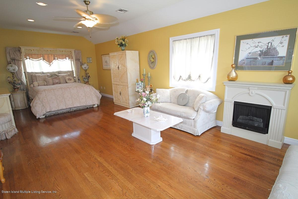 Single Family - Detached 141 Delmar Avenue  Staten Island, NY 10312, MLS-1126982-16