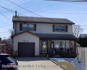31 Eagle Road, Staten Island, NY 10314