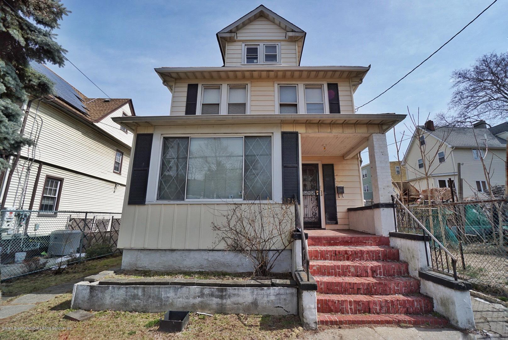 Single Family - Detached 33 Lafayette Avenue  Staten Island, NY 10301, MLS-1127009-2
