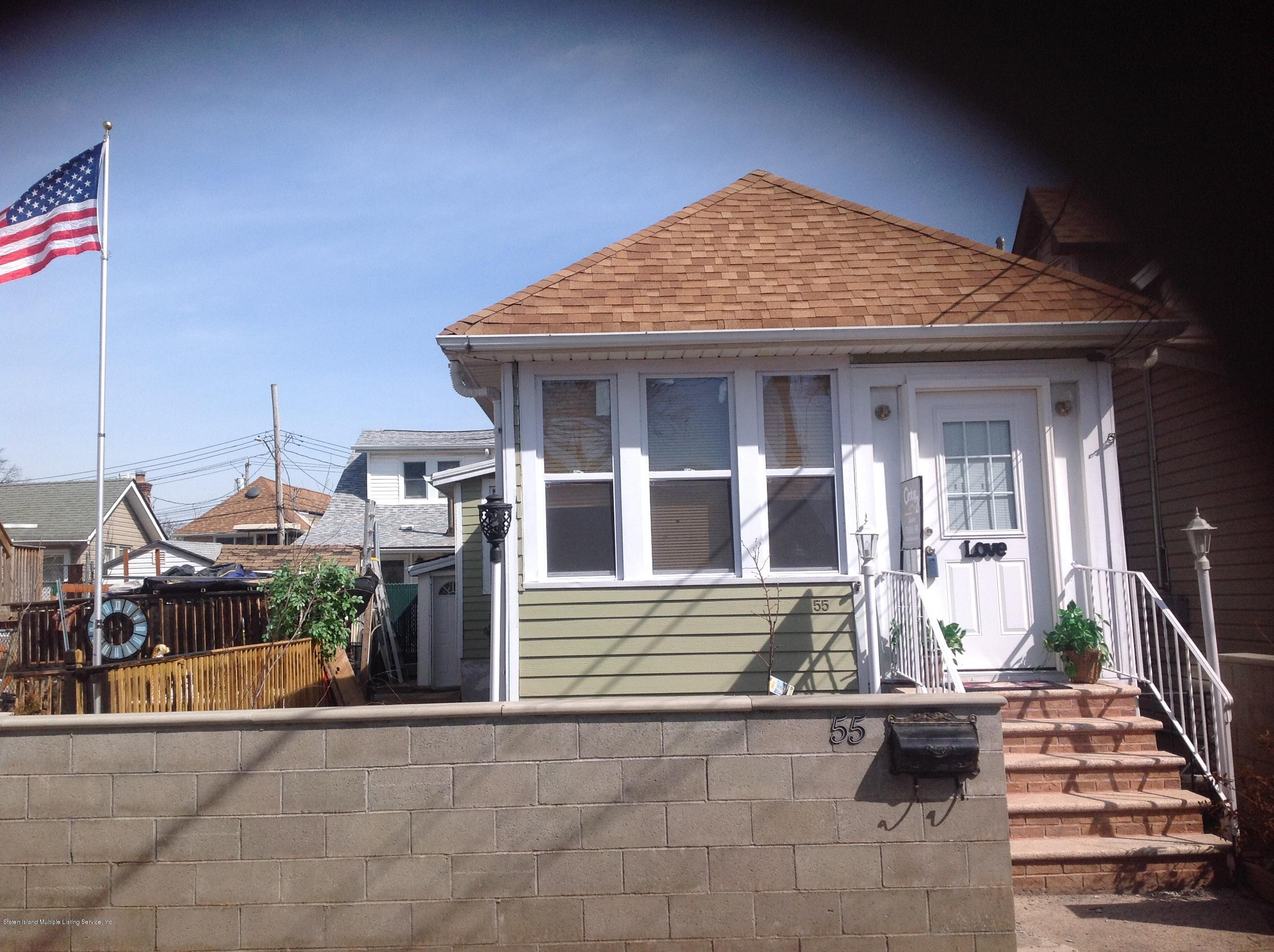Single Family - Detached in New Dorp - 55 Center Place  Staten Island, NY 10306