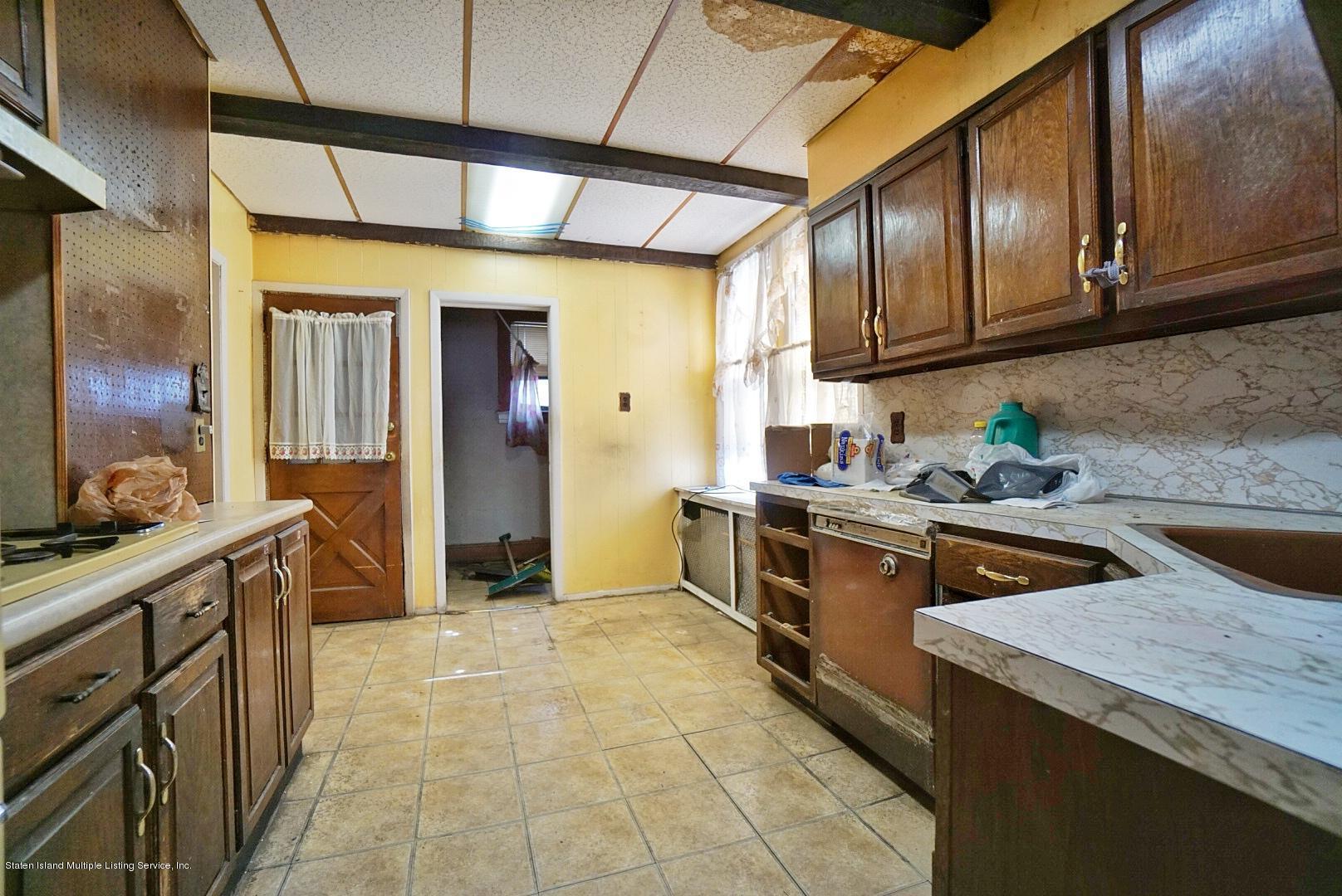 Single Family - Detached 33 Lafayette Avenue  Staten Island, NY 10301, MLS-1127009-12