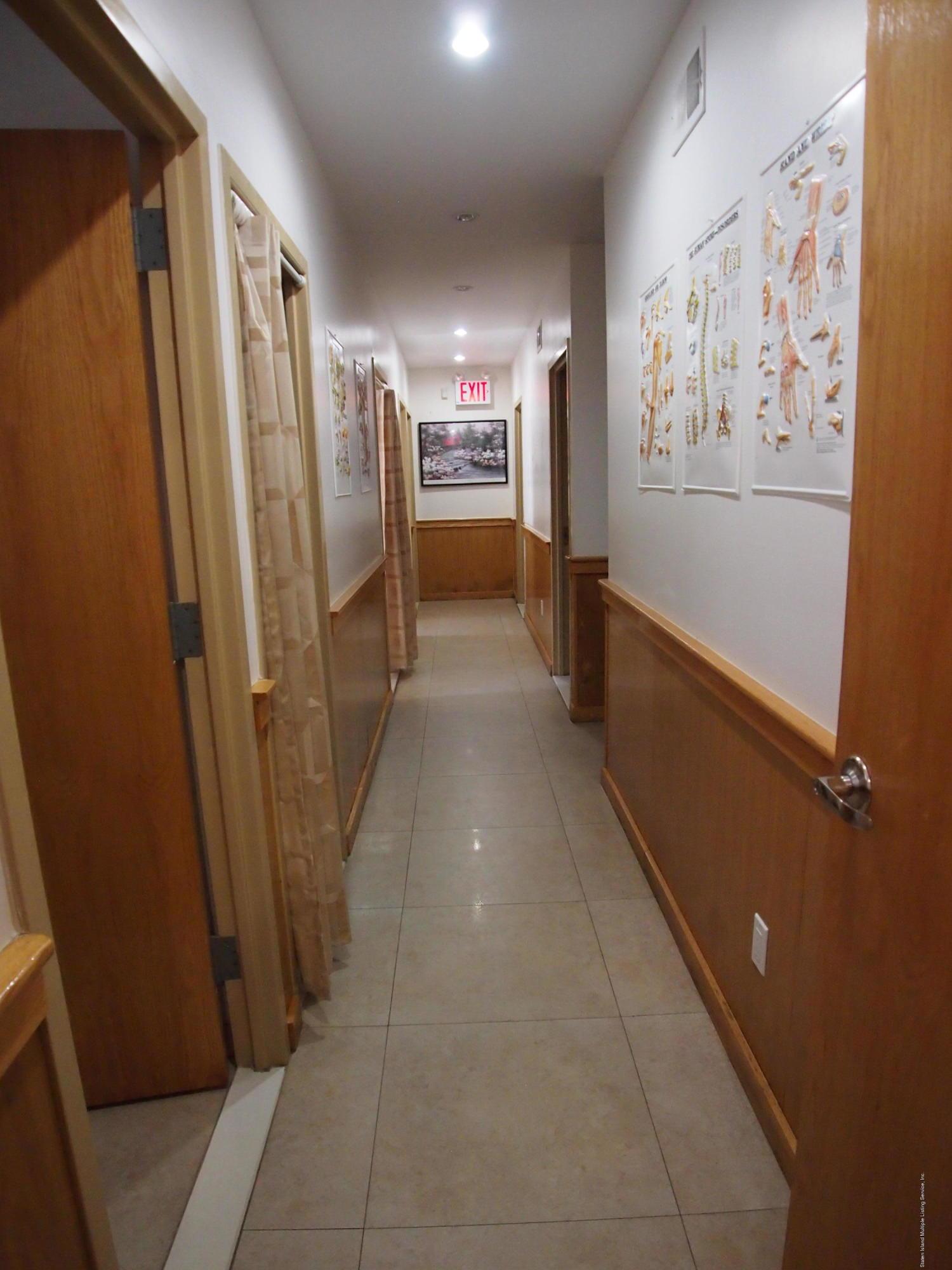 Commercial 321 Edison Street  Staten Island, NY 10306, MLS-1127165-18