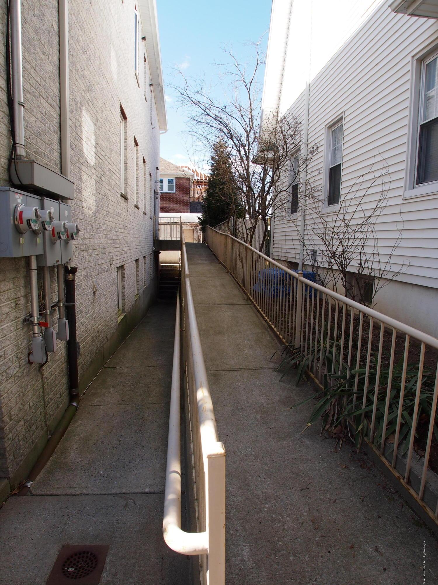 Commercial 321 Edison Street  Staten Island, NY 10306, MLS-1127165-20
