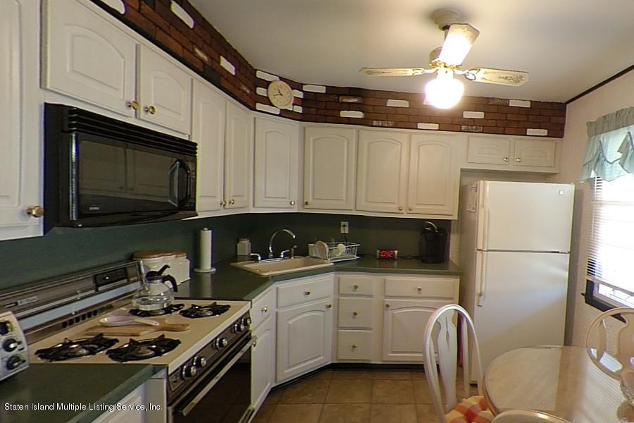 Single Family - Semi-Attached 263 Cortelyou Avenue  Staten Island, NY 10312, MLS-1127172-8