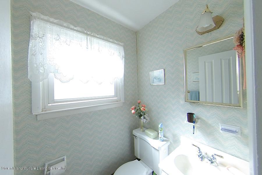 Single Family - Semi-Attached 263 Cortelyou Avenue  Staten Island, NY 10312, MLS-1127172-9