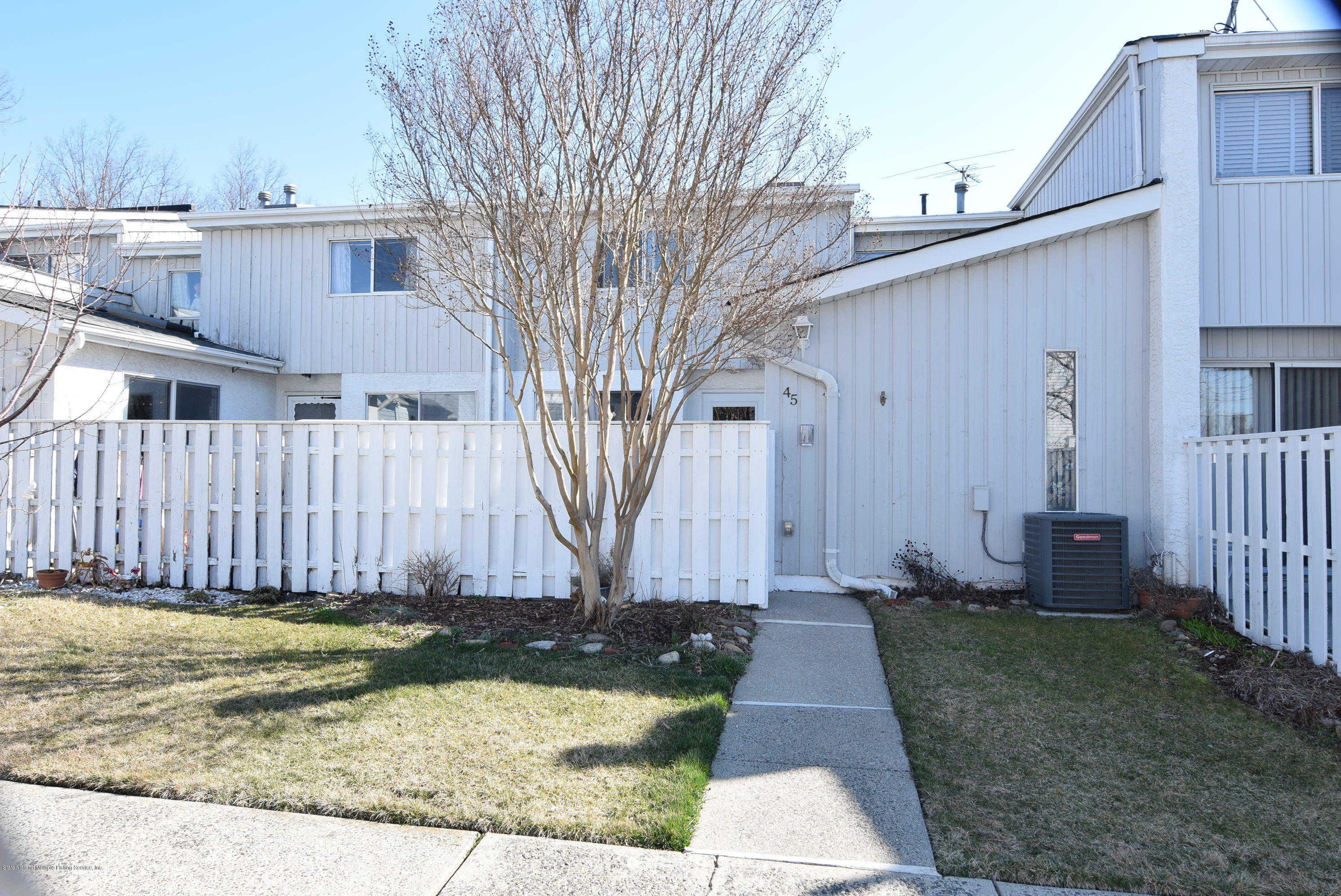 Single Family - Attached in Tottenville - 45 Sea Breeze Lane  Staten Island, NY 10307