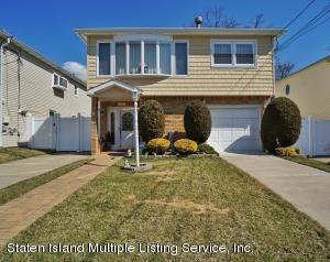 37 Fairbanks Avenue, Staten Island, NY 10306