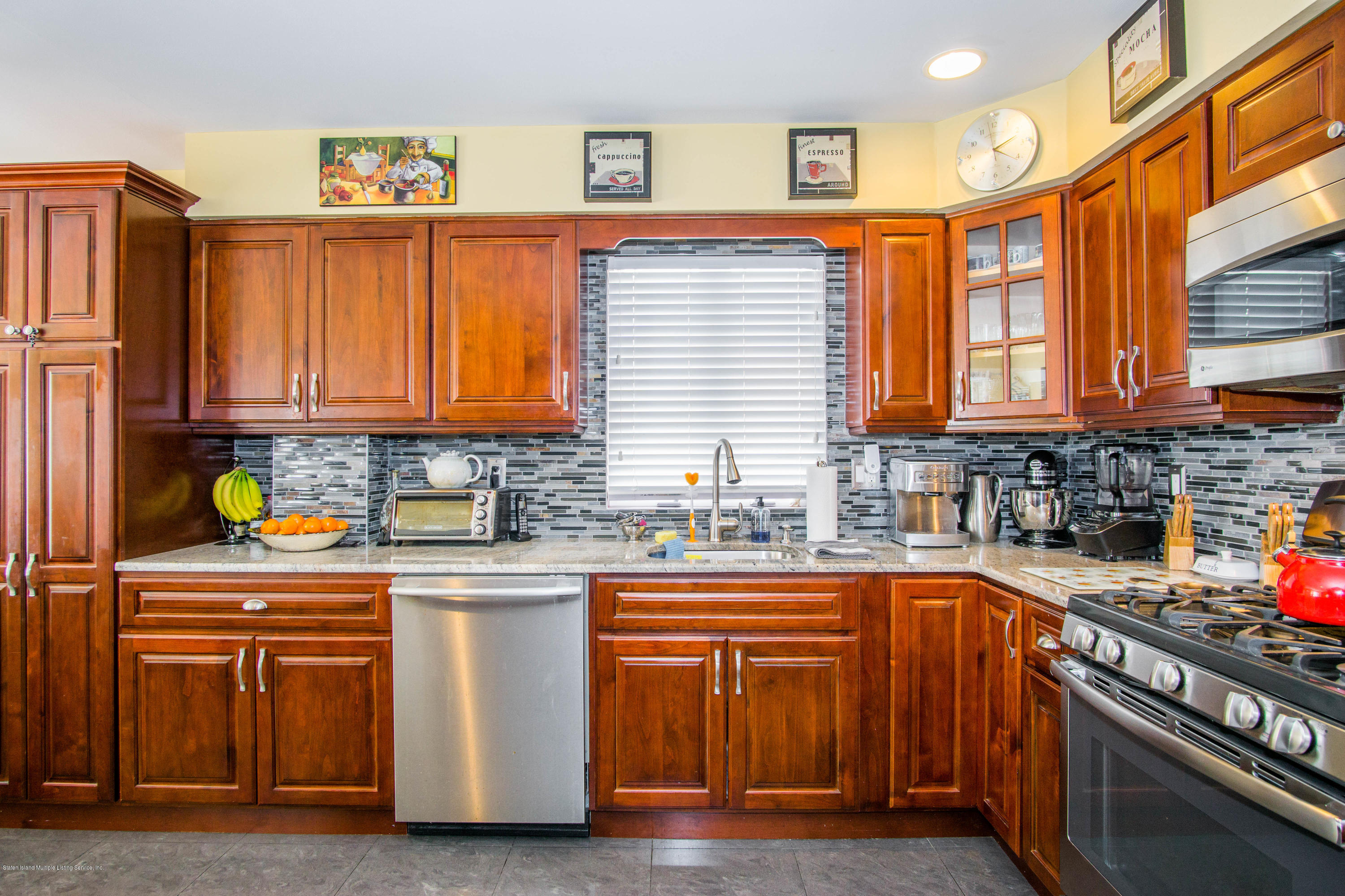 Two Family - Detached 236 Holten Avenue  Staten Island, NY 10309, MLS-1127213-10