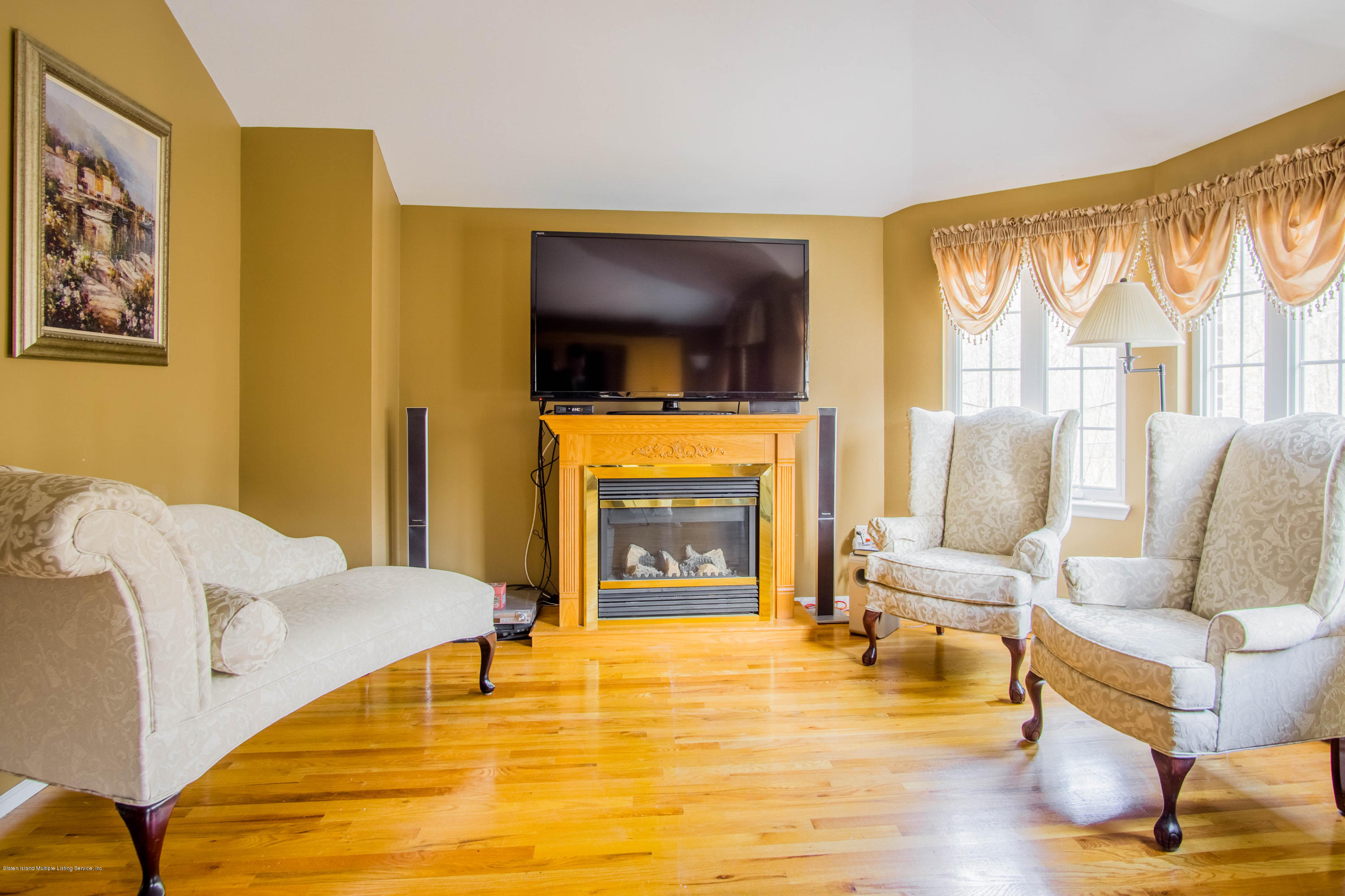 Two Family - Detached 236 Holten Avenue  Staten Island, NY 10309, MLS-1127213-18