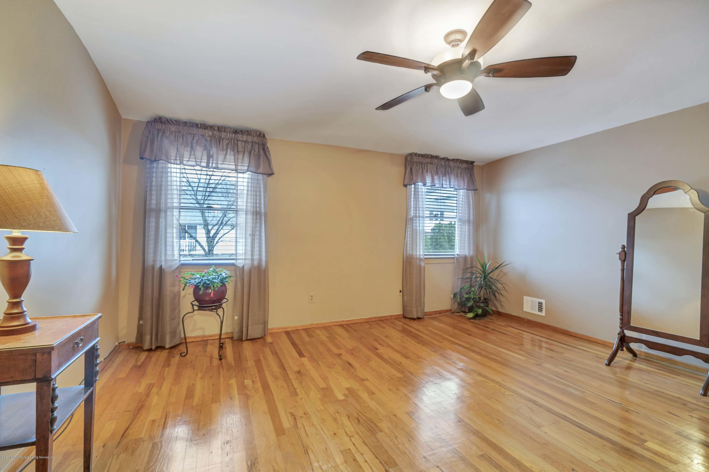 Single Family - Semi-Attached 75 Hewitt Avenue  Staten Island, NY 10301, MLS-1127269-12