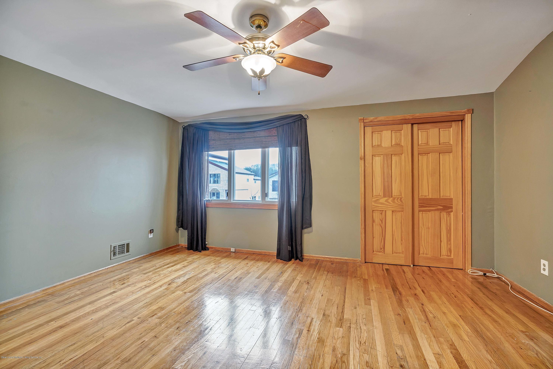 Single Family - Semi-Attached 75 Hewitt Avenue  Staten Island, NY 10301, MLS-1127269-16