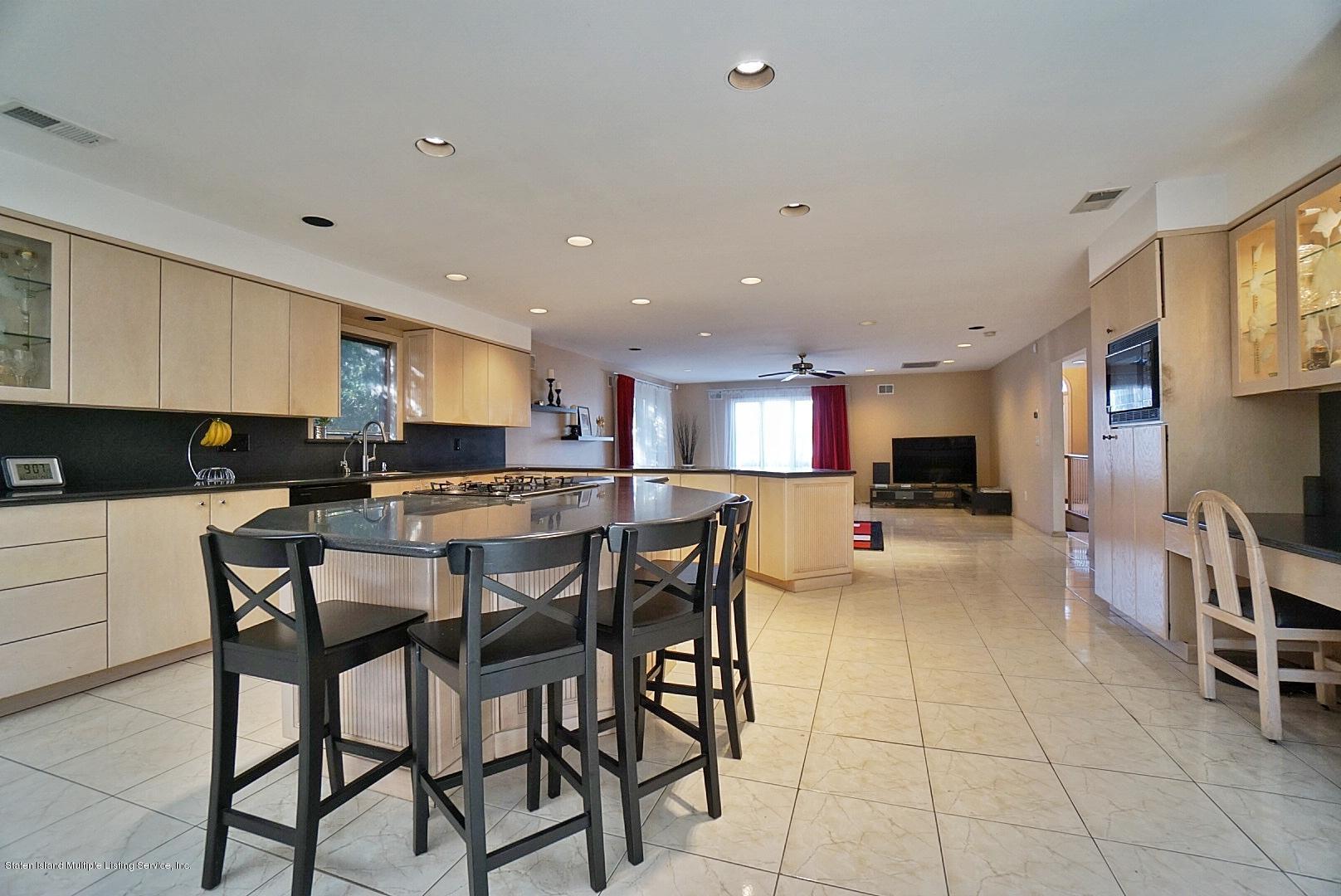 Single Family - Detached 183 Kensington Avenue  Staten Island, NY 10305, MLS-1127107-9