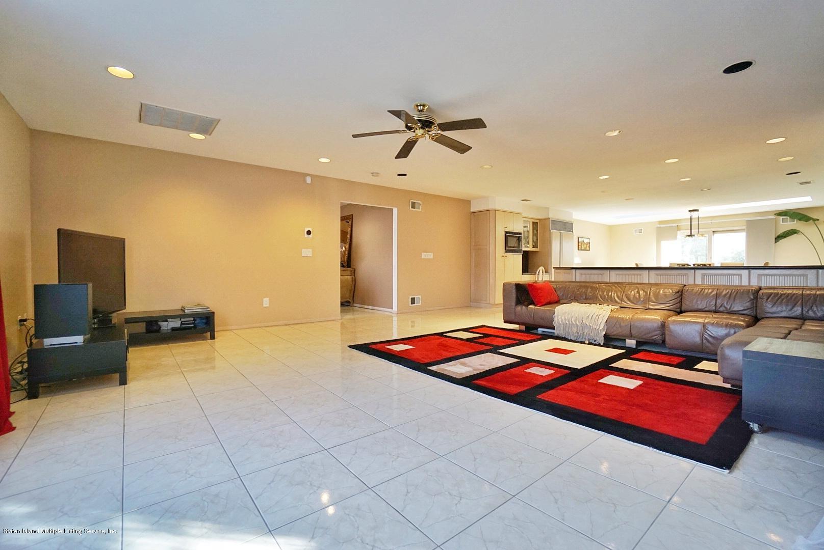 Single Family - Detached 183 Kensington Avenue  Staten Island, NY 10305, MLS-1127107-13