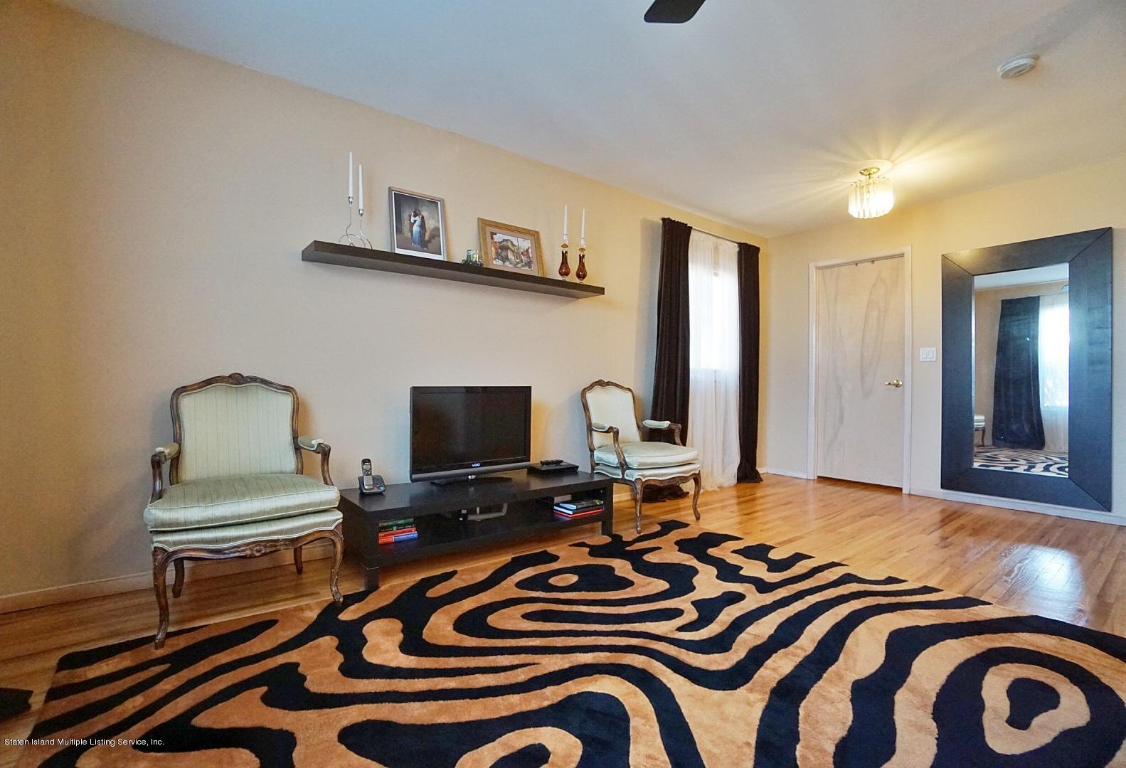 Single Family - Detached 183 Kensington Avenue  Staten Island, NY 10305, MLS-1127107-21