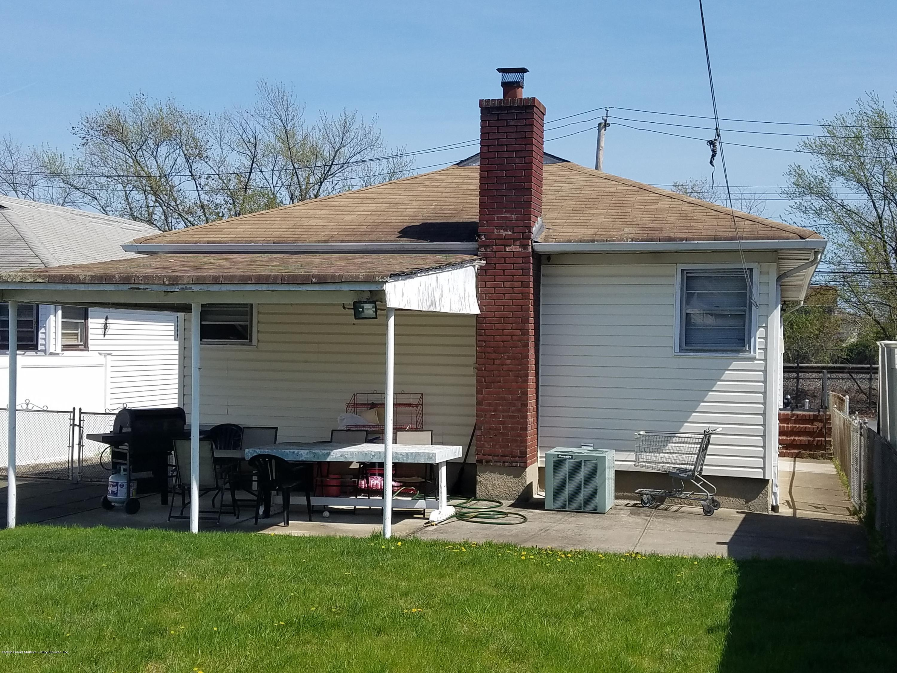 Single Family - Detached 2075 North Railroad Avenue  Staten Island, NY 10306, MLS-1127349-15
