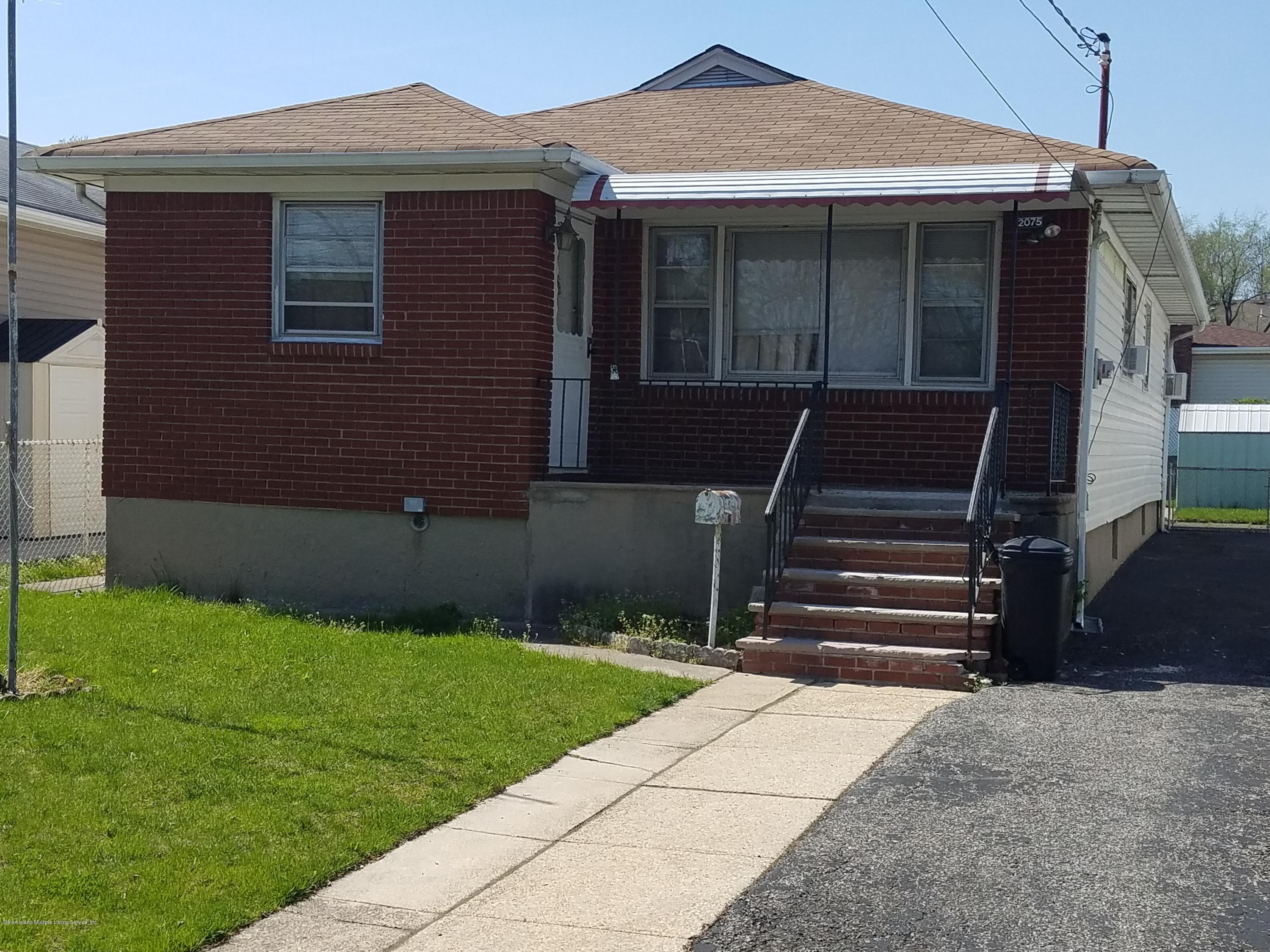 Single Family - Detached 2075 North Railroad Avenue  Staten Island, NY 10306, MLS-1127349-2