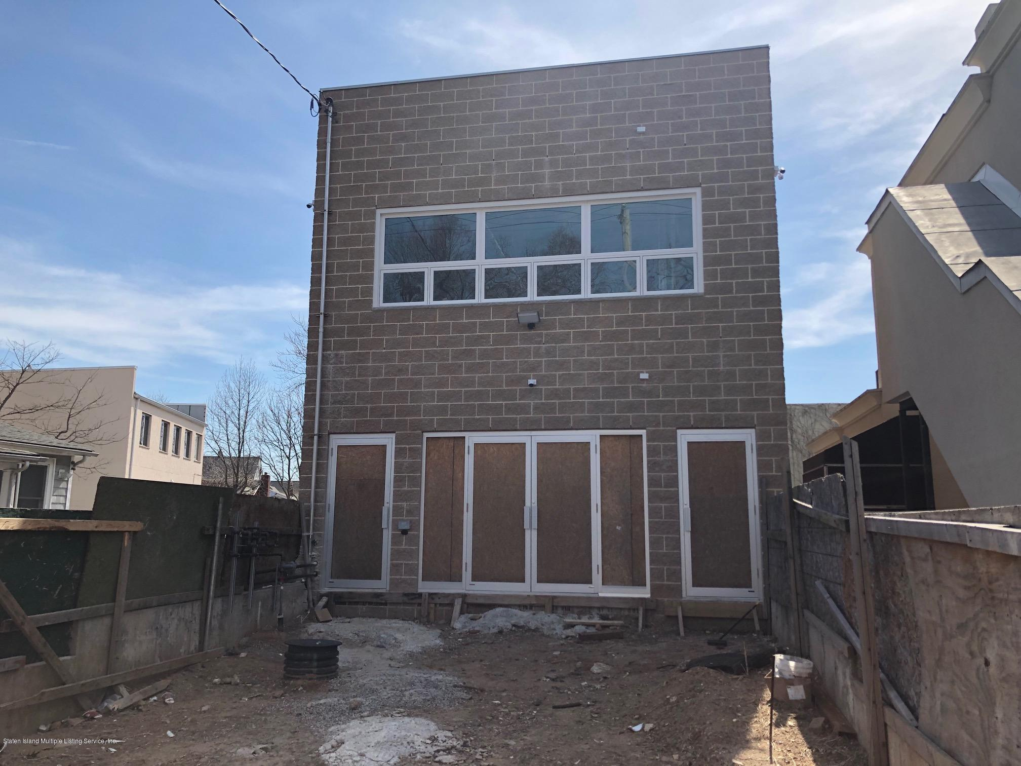 Commercial in Travis - 4162 Victory Boulevard B  Staten Island, NY 10314