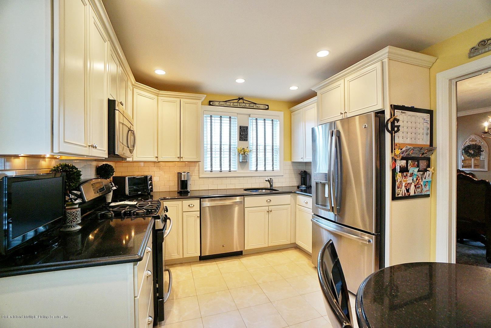 Single Family - Detached 171 Keiber Court  Staten Island, NY 10314, MLS-1127425-15