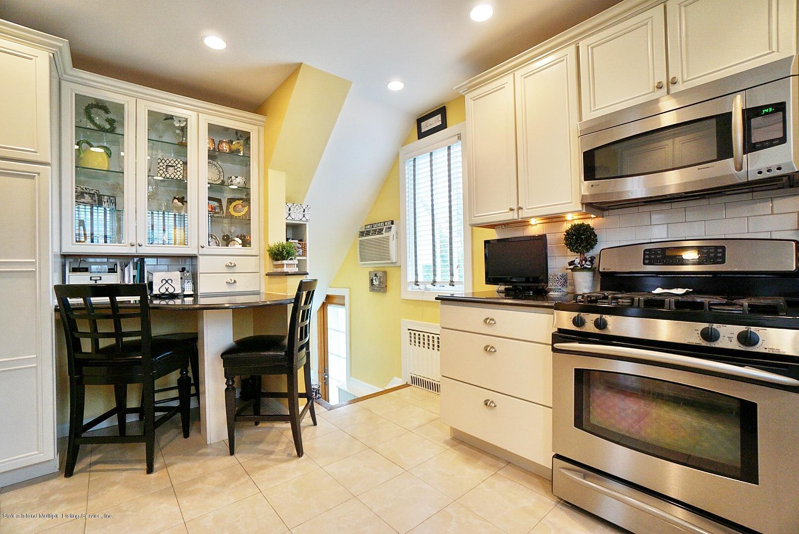 Single Family - Detached 171 Keiber Court  Staten Island, NY 10314, MLS-1127425-16